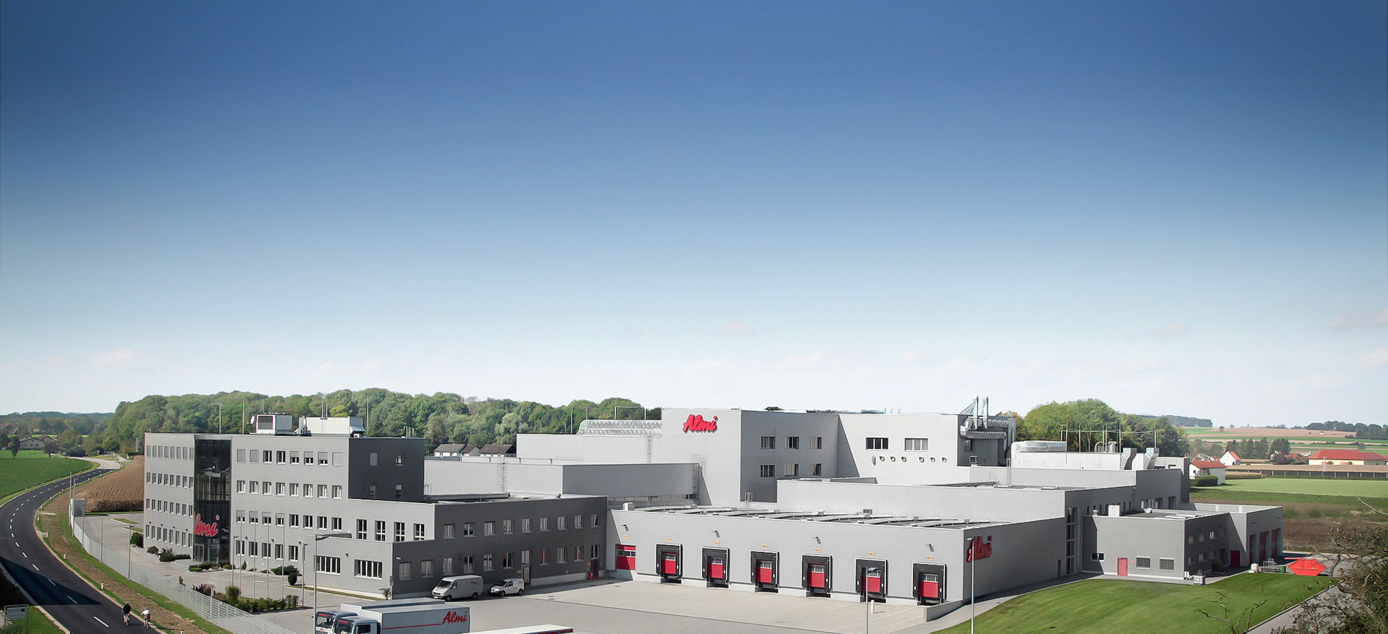 Almi - Unternehmen - Вкус и<br>ноу-хау <strong>за<br>хранително-вкусовата промишленост.</strong>